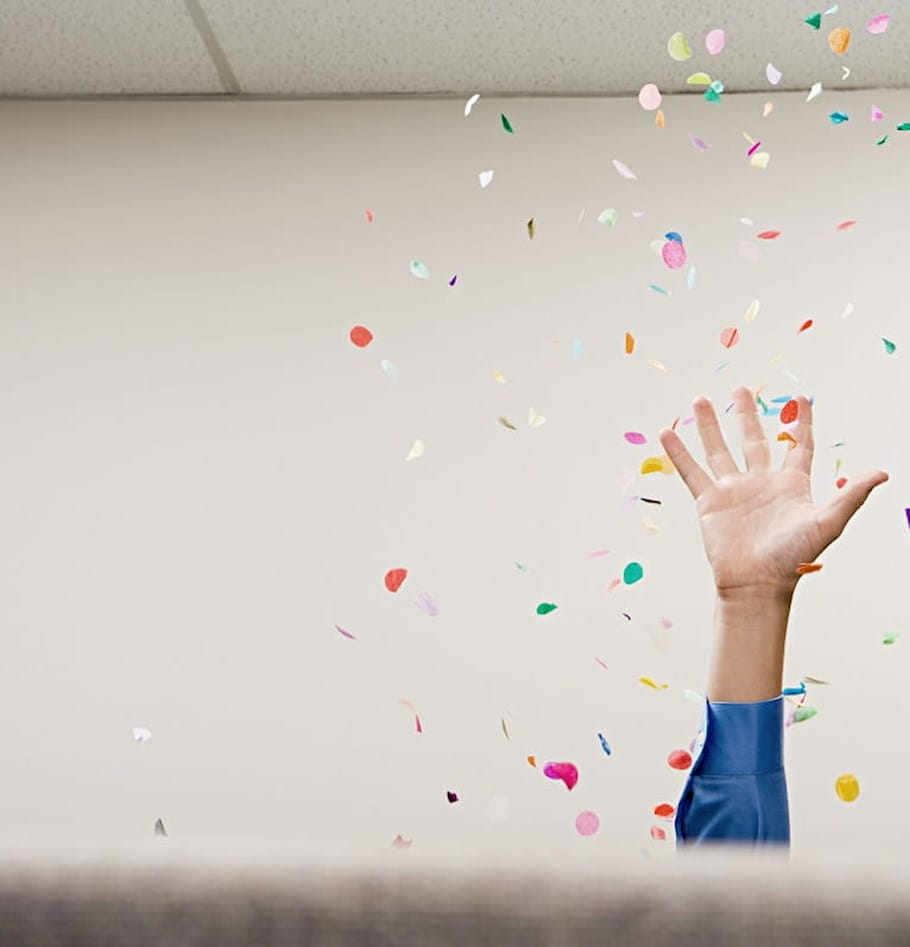 How to help your employees stay productive around the holidays