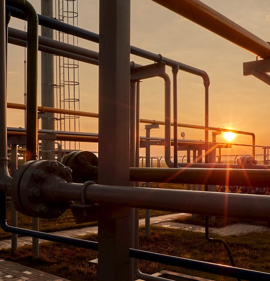 Risks and responsibilities of natural gas infrastructure development