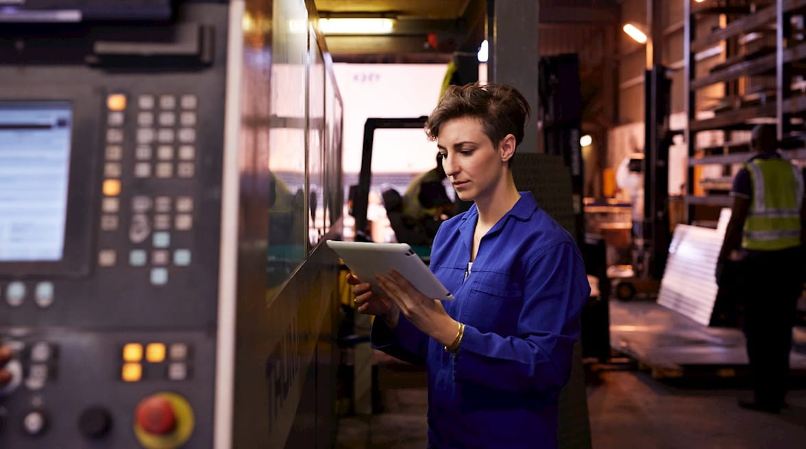 Manufacturing Poll: Technology, Planning, and Labor Challenges